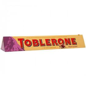 Toblerone молочный с изюмом и орехами 100 г